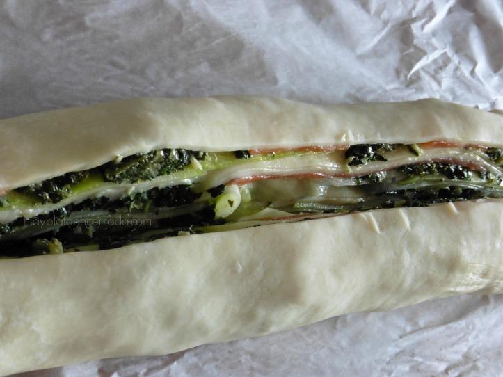 rollo-hojaldre-espinaca-salmon