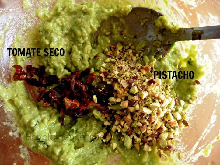 pesto-aguacate-pistacho-tomate-seco-avocado-pesto