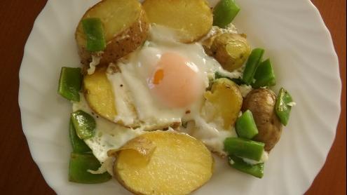 judías verdes patata y huevo